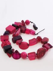Indiana Jones Short Dark Pink Necklace